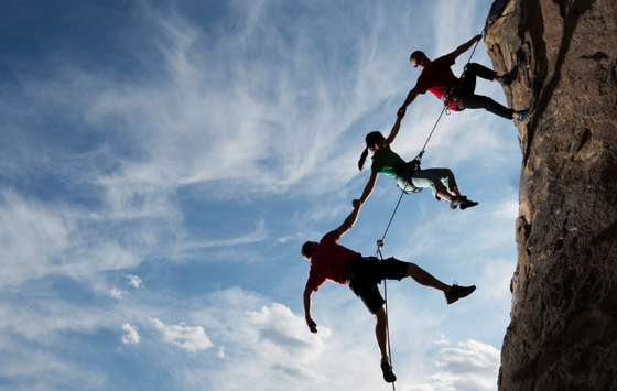 How Digital Psychological Safety Builds High-Performing Teams